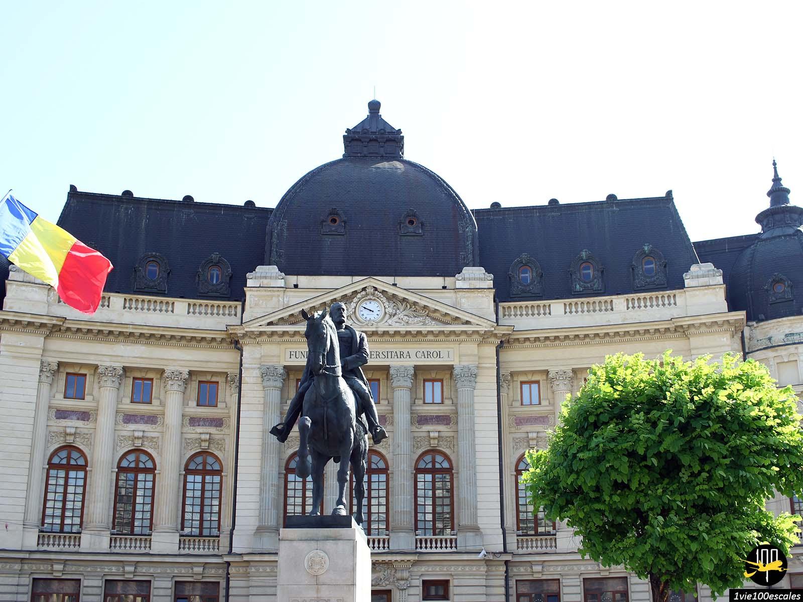 monument historique statue avenue Calea Victoriei bucarest roumanie