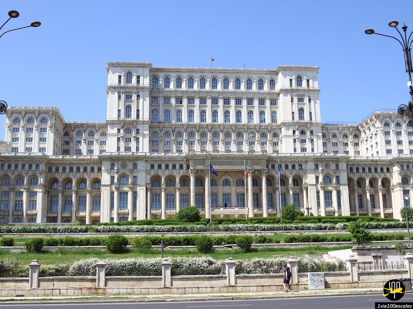 monument historique Palais du Parlement bucarest roumanie