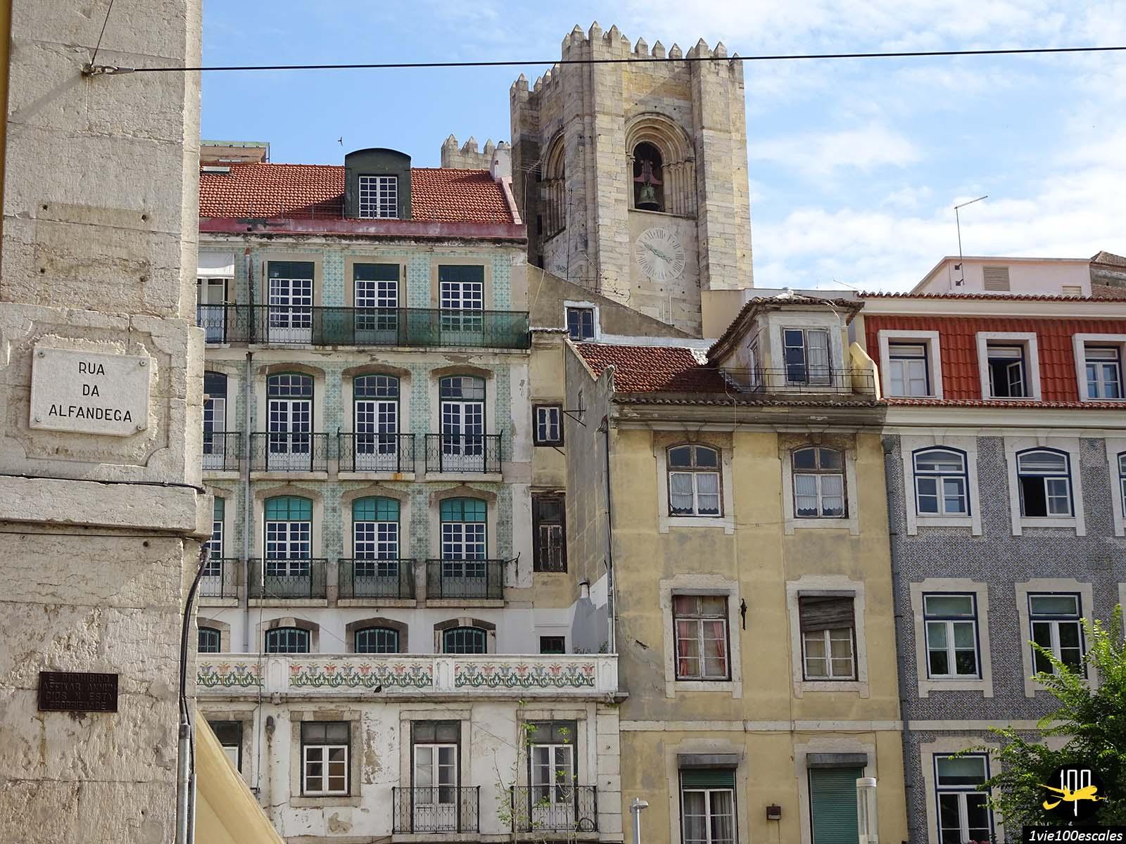 Les magnifiques façades des immeubles de Lisbonne