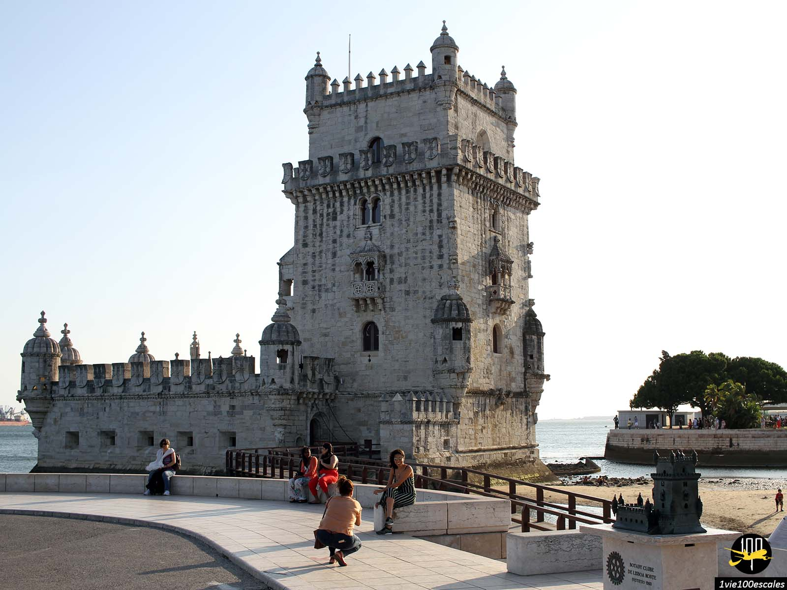 La tour de Belém a été construite sur les bords du Tage pour garder l'entrée du port de Lisbonne