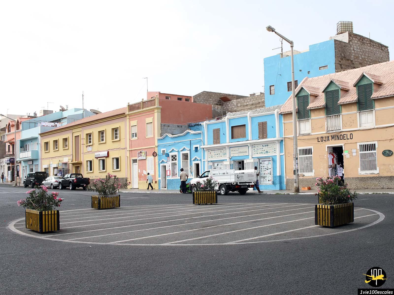 Le village colorée de Mindelo sur l'île de Sao Vicente au Cap-Vert
