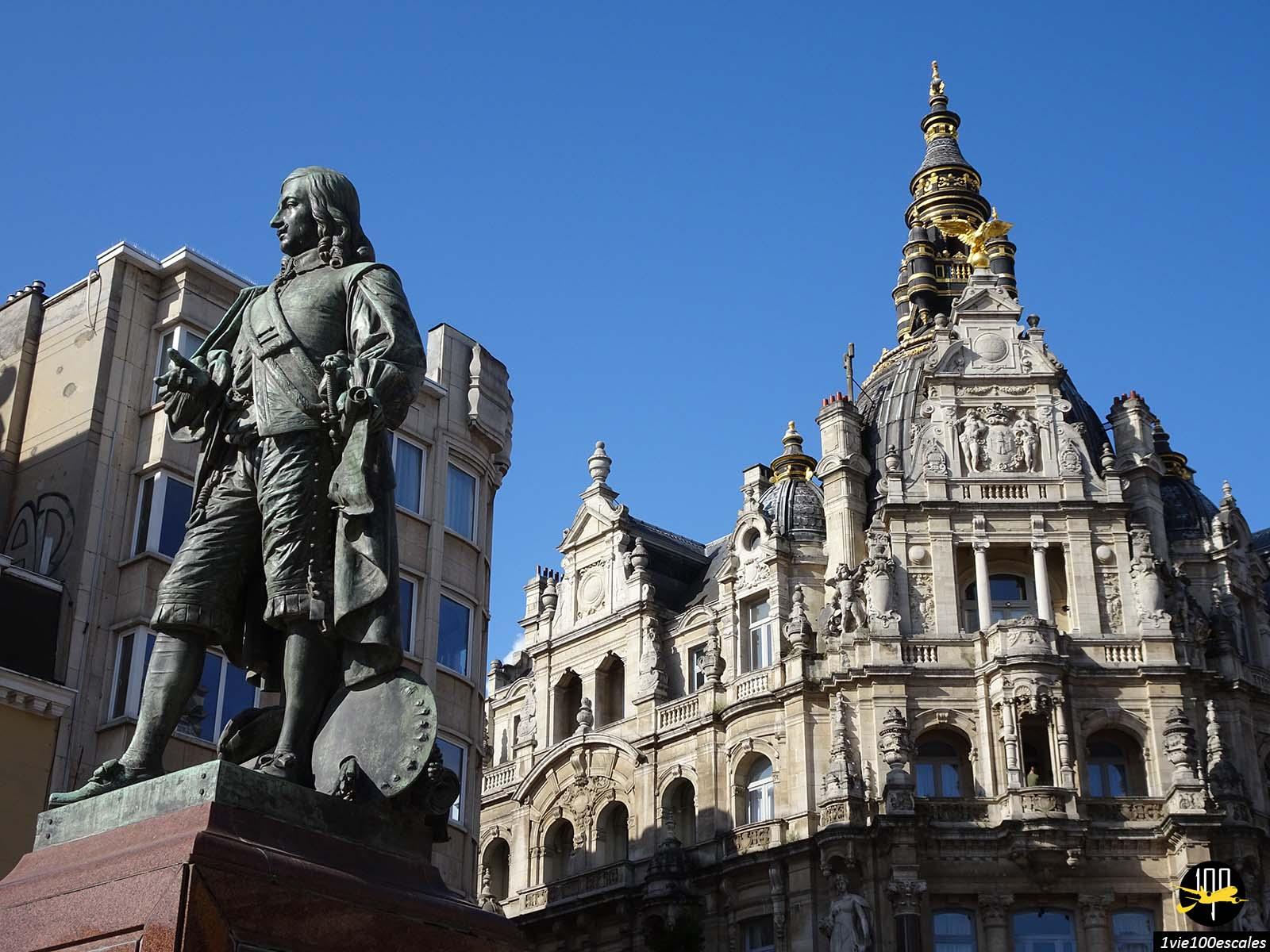 Les monuments de la rue commercante d'Anvers