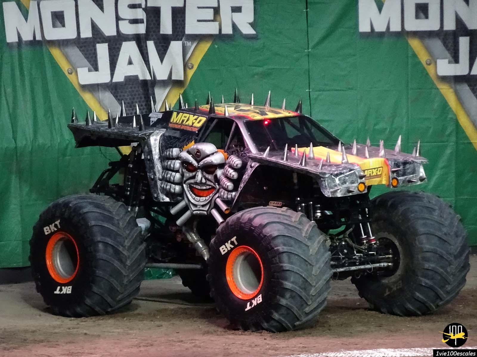 Les gros engins lors du show monster jam à Anvers