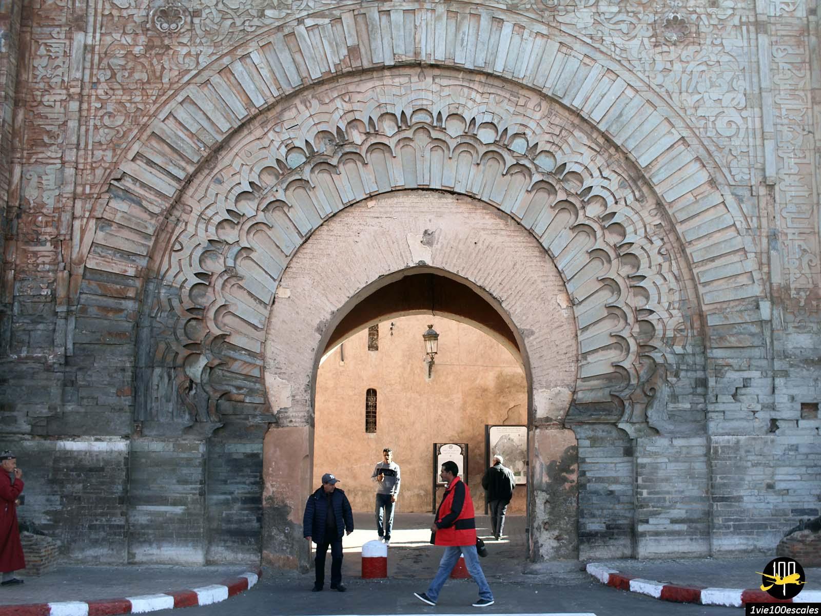 Les immenses portes pour pénétrer dans la médina de Marrakech