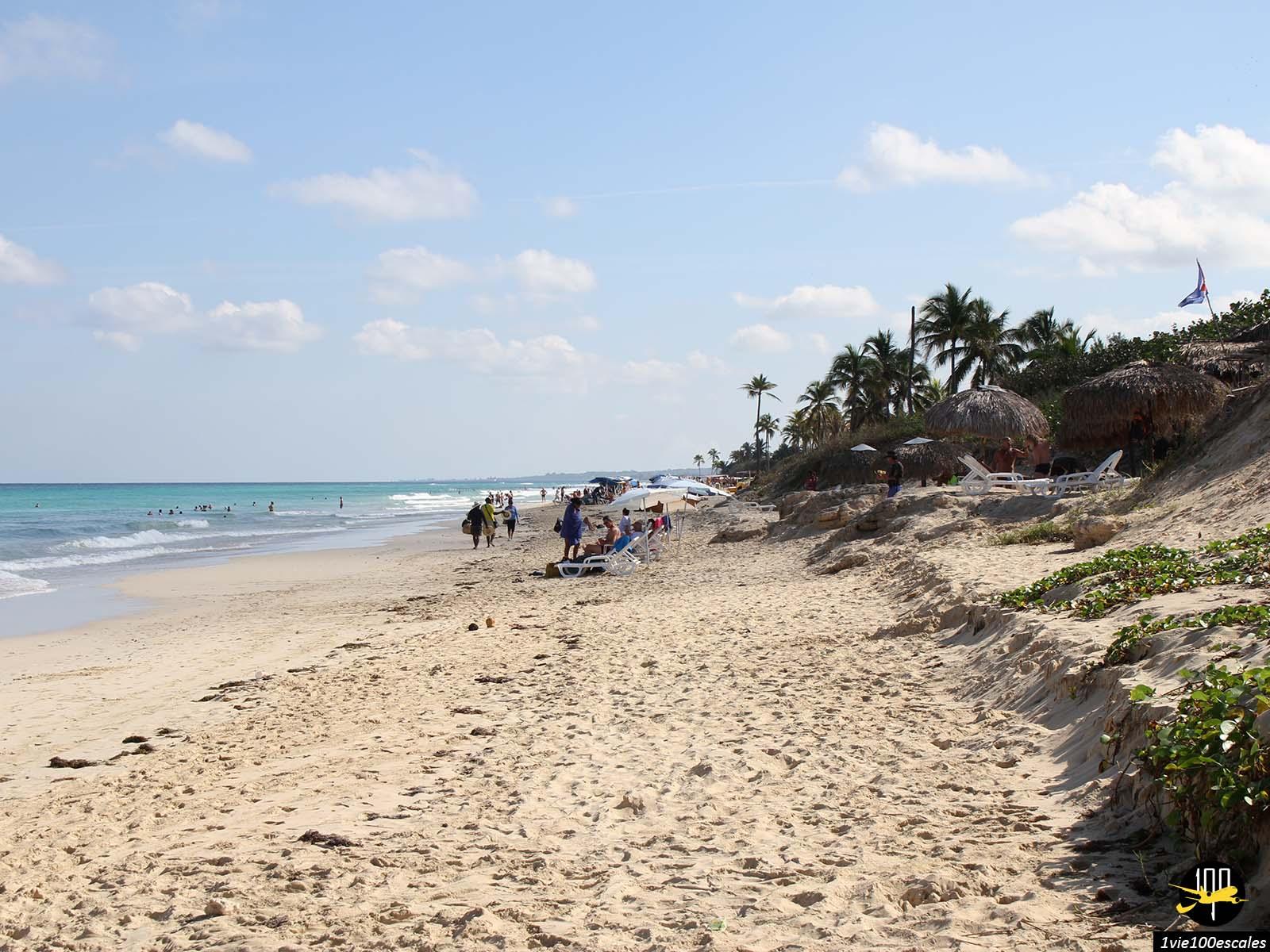 Les petits hotels bordant les Playas del Este à Cuba