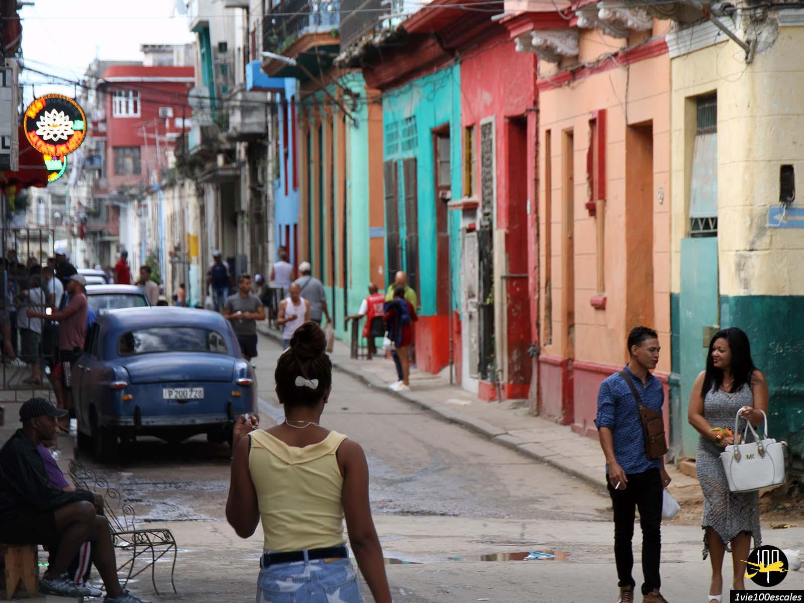 La vie animée du quartier chinois de La Havane