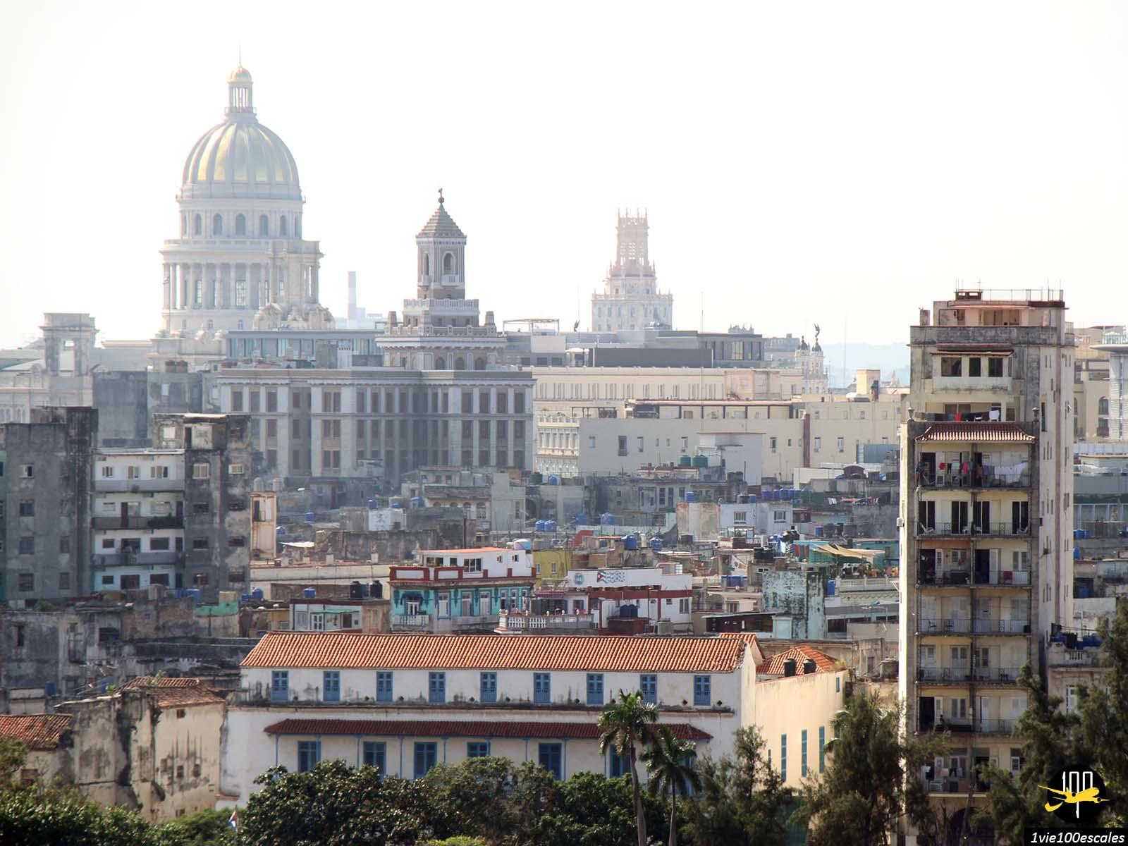 Panorama sur la ville de La Havane depuis le Christ of Havana