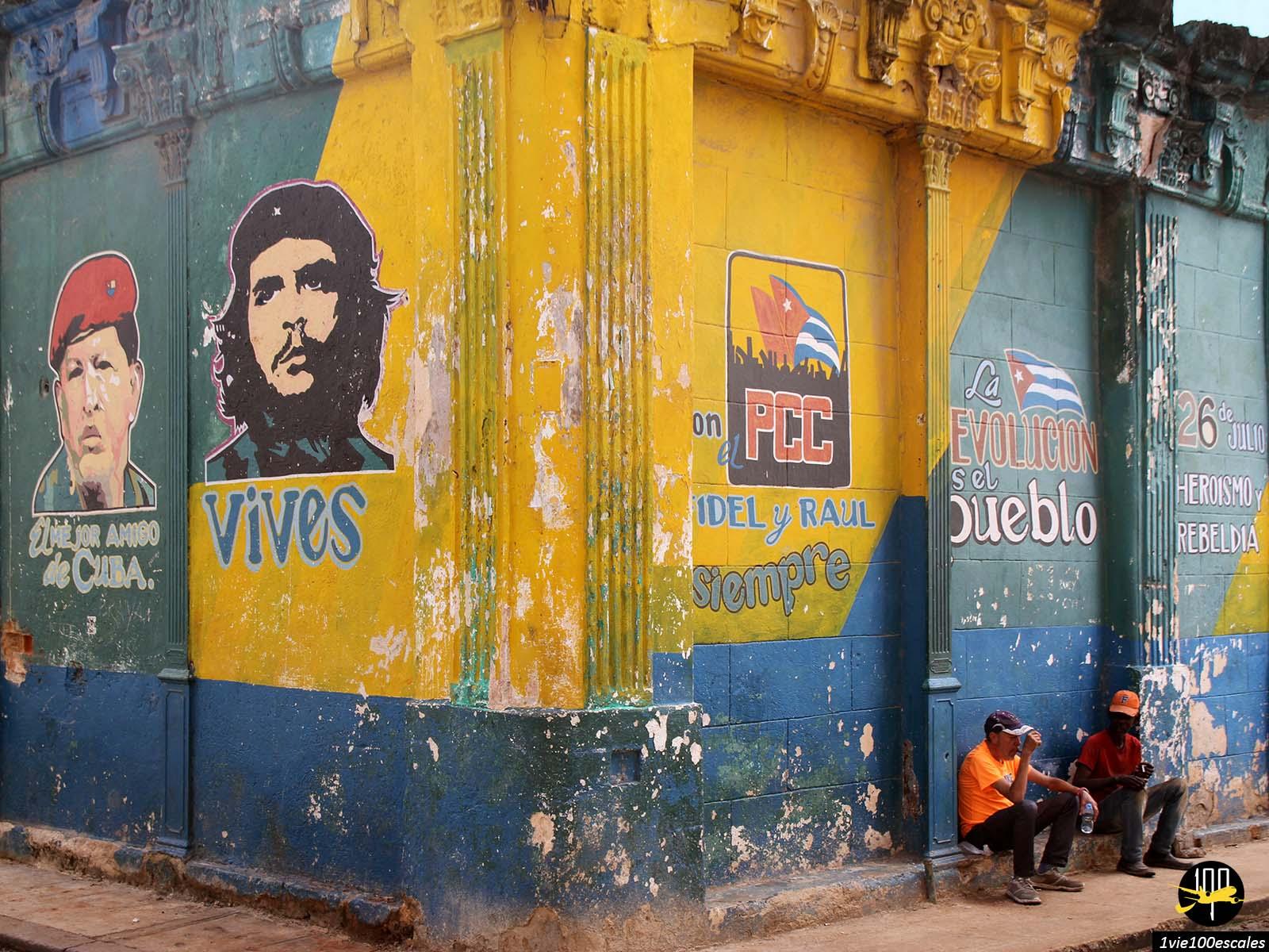 Un dessin du Che Guevara sur un mur de la vieille ville de La Havane