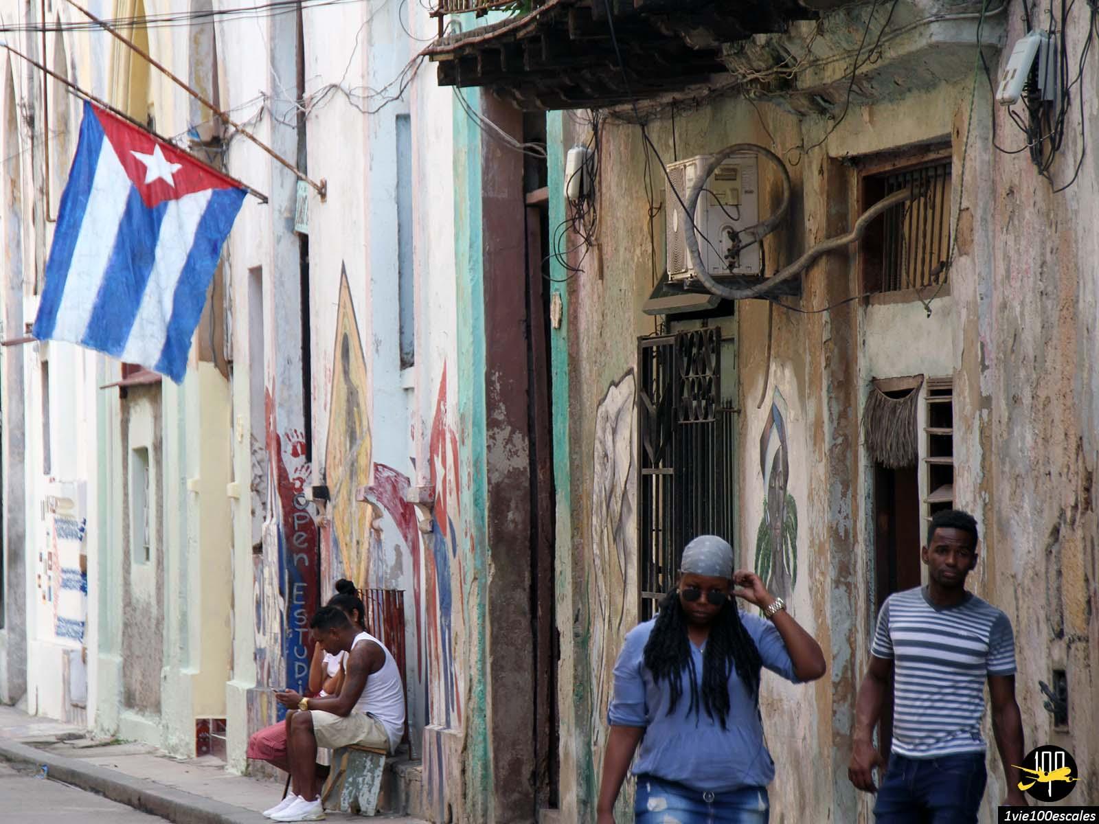 Les ruelles marquées par le temps et l'histoire à La Havane