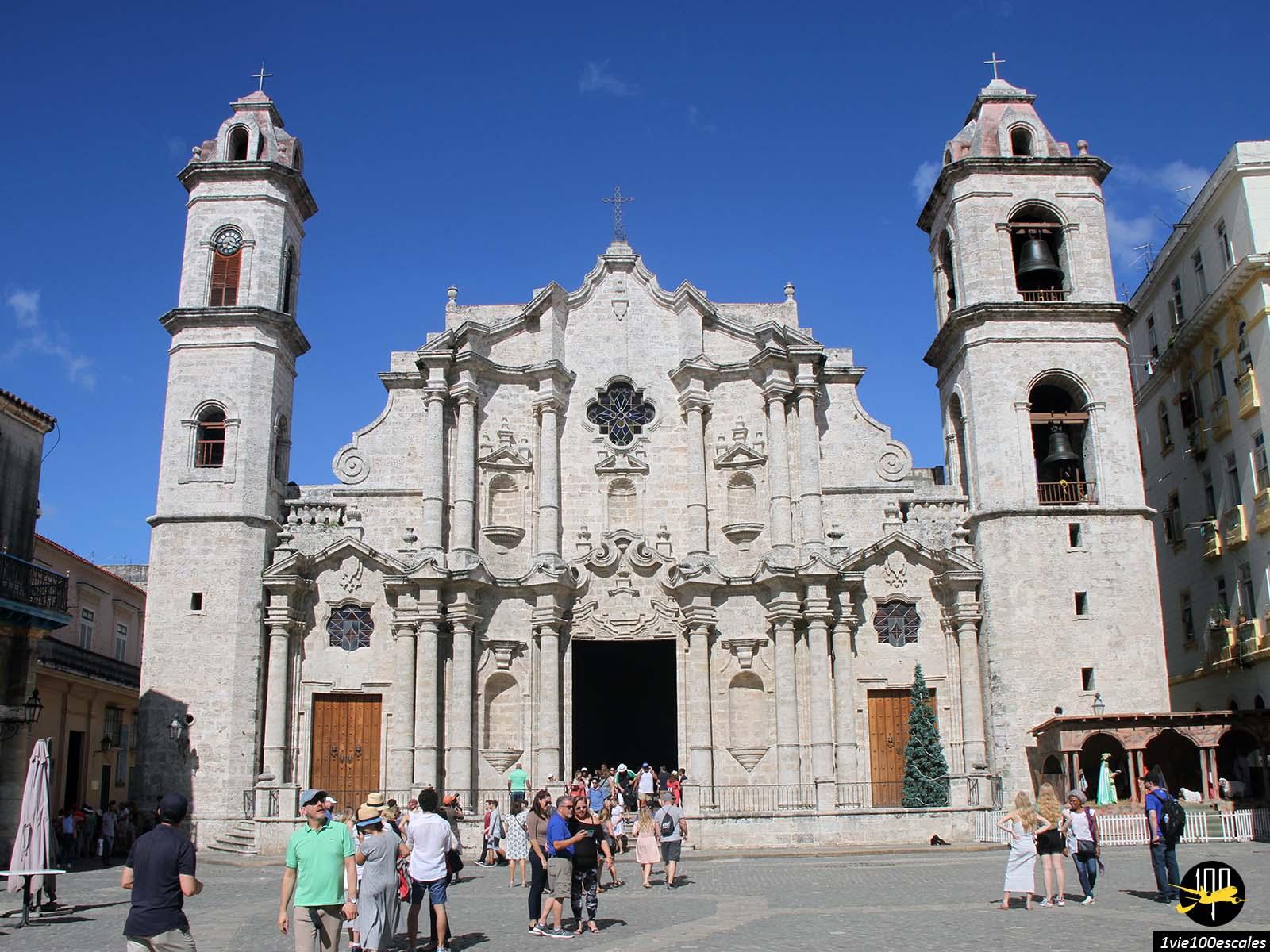 La superbe et ancienne Cathédrale de La Havane à Cuba